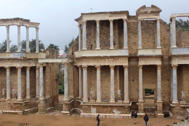 templo romano de merida.jpg