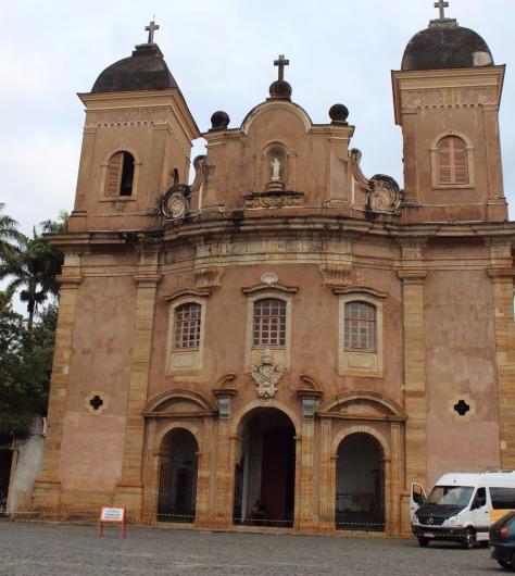igrejas mais bonitas de ouro preto e mariana